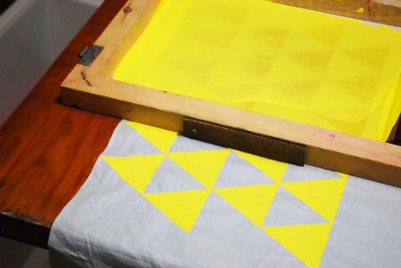 Fabriquer une t te de lit le petit abricot - Confectionner une tete de lit ...